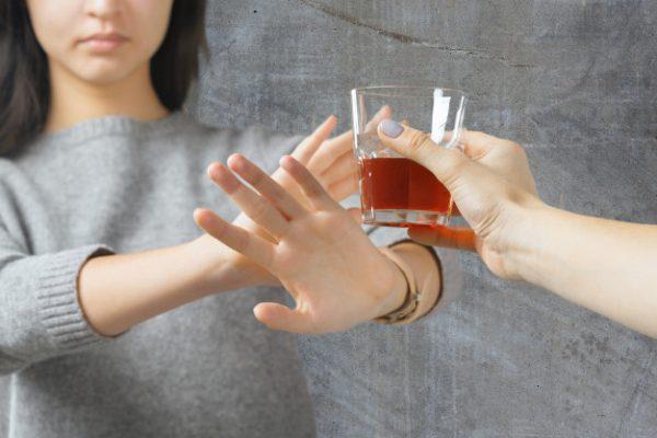 Zaszycie alkoholowe jako wsparcie w leczeniu
